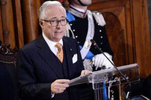 Burocrazia e magistratura bloccano l'Italia: i 10 freni a mano da far sparire