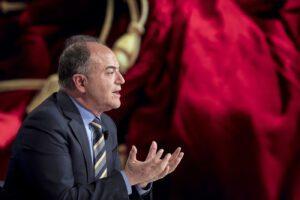 Gratteri sfida Mattarella, occupa militarmente La7 e detta il suo programma politico