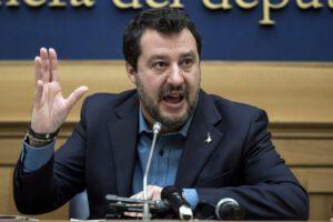 Caos tribunali per il Coronavirus, rinviato il processo a Salvini sul caso Gregoretti