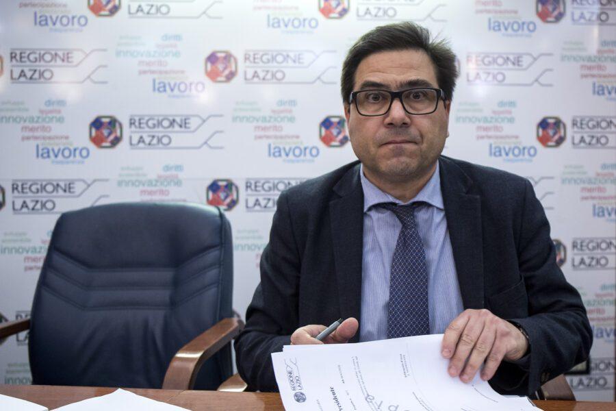 L'assessore alla Sanità del Lazio Alessio D'Amato a una conferenza stampa lo scorso 6 marzo (Foto Roberto Monaldo / LaPresse 06-03-2020 Roma)