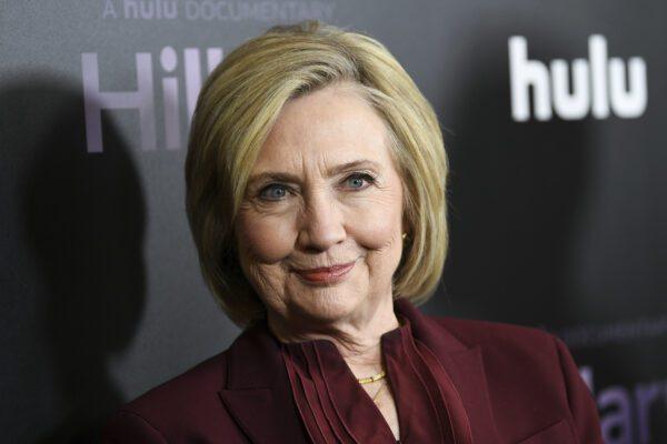 "Hillary Clinton appoggia Joe Biden per la Casa Bianca: ""Vorrei fosse presidente ora"""