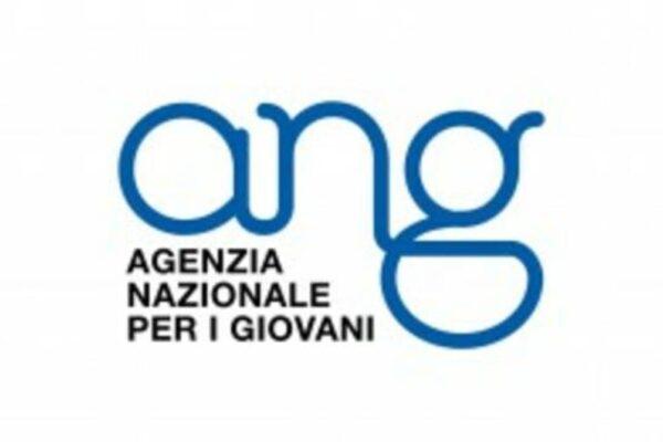 Coronavirus, i volontari di Agenzia Giovani in Campania per la solidarietà