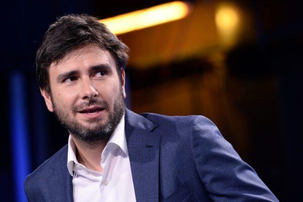 Le trame di Alessandro Di Battista, spacca M5S e governo