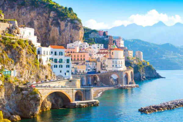Amalfi, più controlli su spiagge e sentieri nei giorni di Pasqua