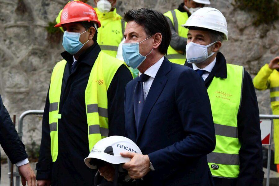 """Inaugurato il nuovo ponte Morandi, Conte: """"Genova modello, l'Italia si rialza"""""""