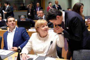 Conte canta vittoria ma sale sul carro di Merkel e Macron