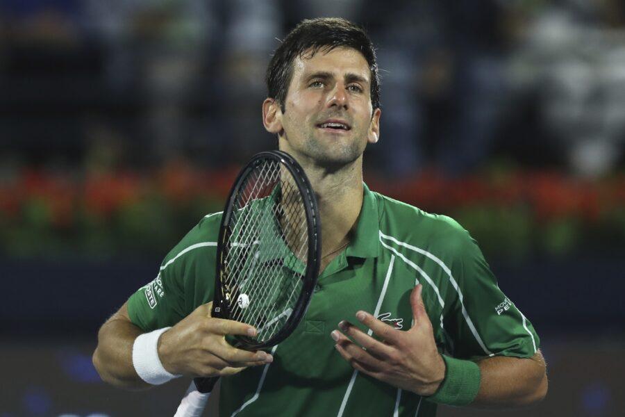 Il cuore di Djokovic, numero uno del tennis e della solidarietà: donazione agli ospedali italiani