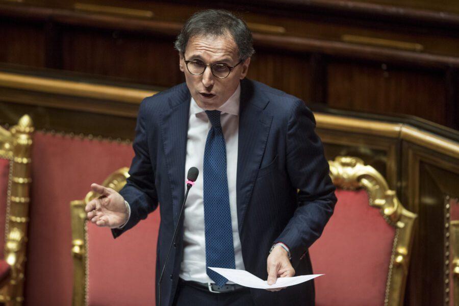 """Boccia esclude il passaporto sanitario: """"Non esiste e lo vieta la Costituzione"""""""