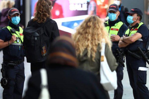 La Germania riapre e aumentano i contagi. Frenata in Francia sulla Fase 2: slitta apertura licei