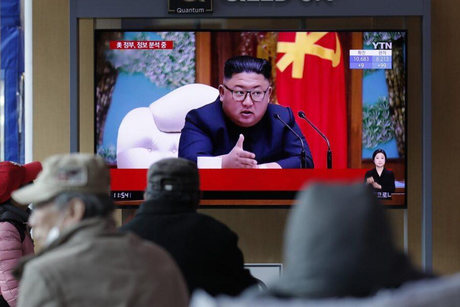 """Kim Jong-un è """"vivo e vegeto"""": i vicini di Seul negano la morte del dittatore nordcoreano"""