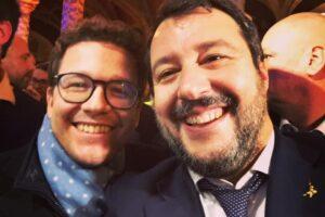 Lorenzo Gasperini con il segretario della Lega Matteo Salvini (Fonte: Facebook)