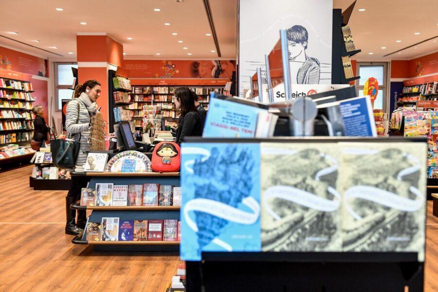 La Lombardia di Fontana non segue il Governo: restano chiuse le librerie