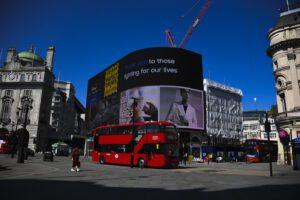 Il dramma di Londra: tra il 4 e 10 aprile una persona su due è morta di Coronavirus
