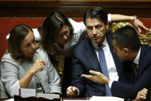 Porti chiusi: M5S, Pd ed estrema sinistra varano decreto che fa invidia a Salvini