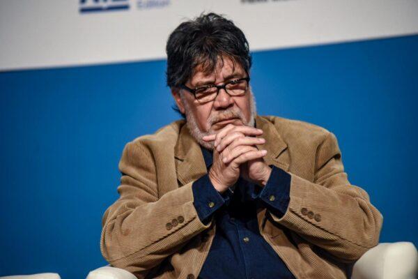 Chi era Luis Sepulveda, lo scrittore rivoluzionario che lottava contro il male
