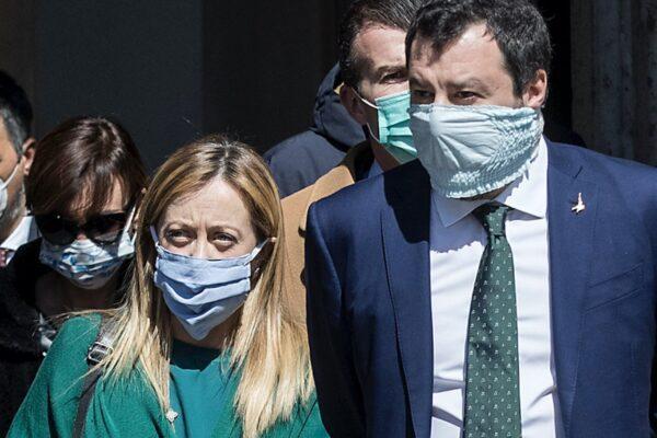 """Conte """"traditore e Giuda"""", le bugie di Salvini e Meloni sulla firma del MES"""