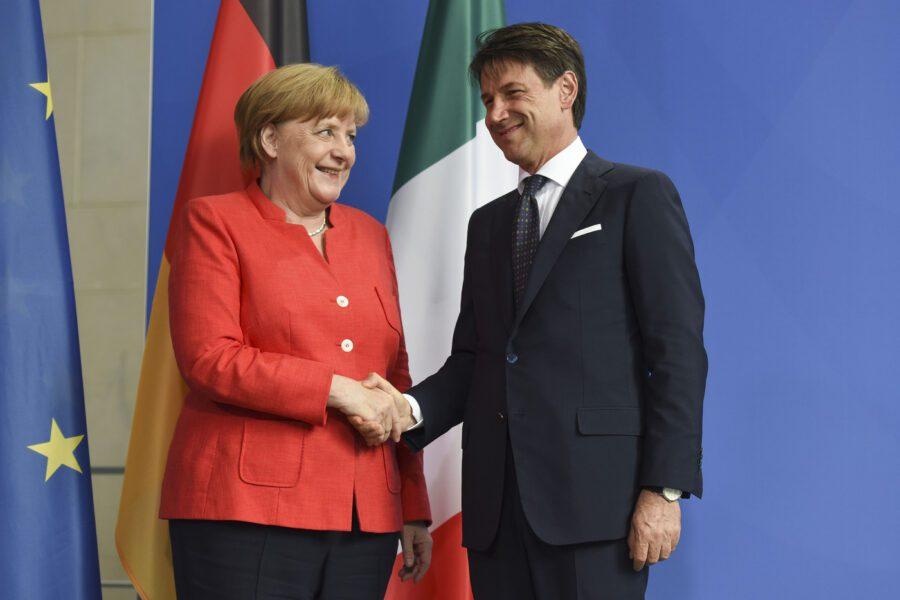 """Mes, botta e risposta tra Merkel e Conte: """"Non resti inutilizzato"""". Il premier: """"A fare i conti sono io"""""""