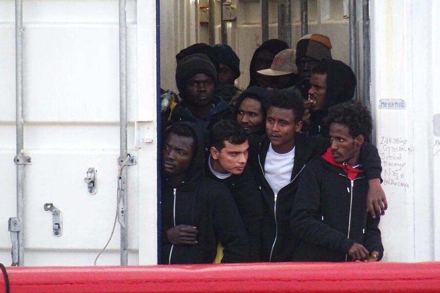 Dramma migranti, nel Mediterraneo 5 morti e 7 dispersi
