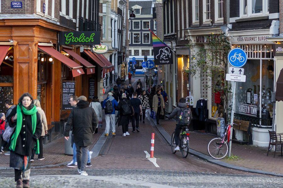 """L'Olanda e le improbabili linee guida sul Coronavirus: """"Se non hai sintomi per 24 ore, sei guarito"""""""