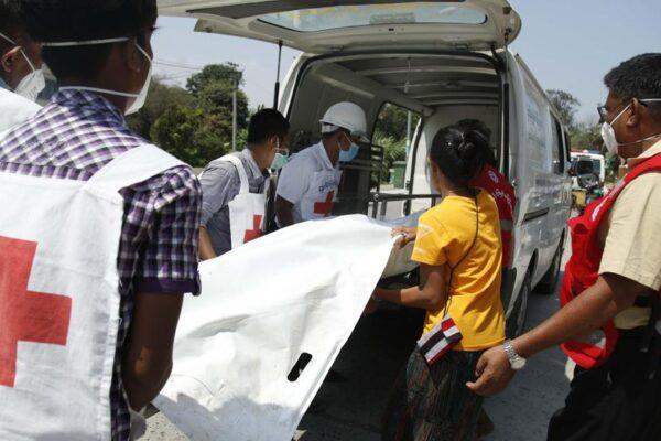 Dipendente dell'Oms ucciso in un attacco: trasportava test per il Coronavirus
