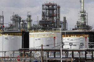 La crisi del petrolio, da bene di lusso a fondo di magazzino