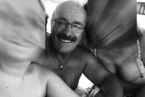"""Coronavirus, fratelli muoiono a Napoli a distanza di tre giorni: """"Ciao papà, eri il mio cuore"""""""