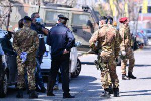 Lockdown in Campania, ad Arzano chiuse scuole e negozi dopo l'impennata di contagi