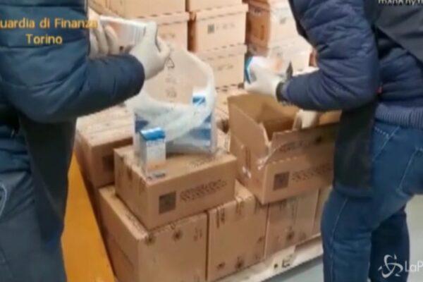 Vendevano la 'ricetta miracolosa' contro il Coronavirus, scoperta la truffa di marito e moglie