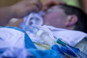 """Il sacrificio di Elisabetta: """"Sono disabile, prendete il mio respiratore per salvare qualcuno"""""""