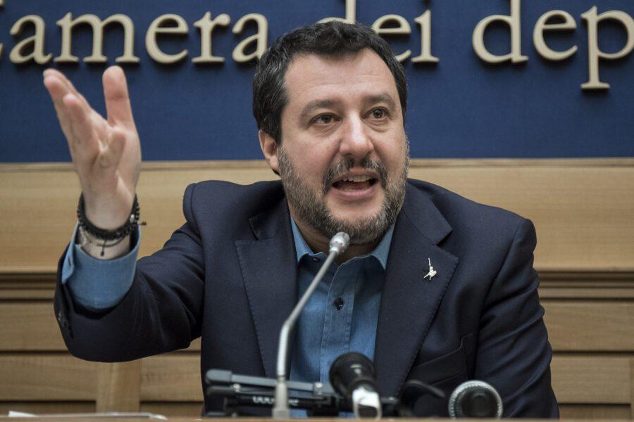 Effetto Covid sui sondaggi: Lega perde quasi 6 punti in un mese