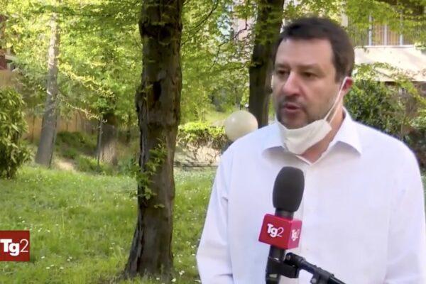 Salvini e la bufala al Tg2 sul prelievo dai conti correnti per il Coronavirus