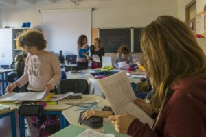 Scuola, da 20 a 40mila euro per superare concorsone: due prof ai domiciliari