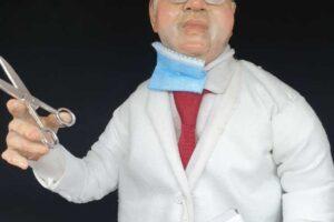 Lotta al coronavirus, il professore Ascierto diventa una statuina del presepe