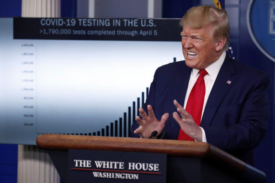 Comizio Trump a Tulsa, positivi al coronavirus 6 membri dello staff