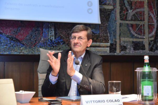 Chi è Vittorio Colao, il manager che guiderà la 'Fase 2' per la ricostruzione