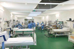 Contro la seconda ondata necessari ospedali solo per il Covid