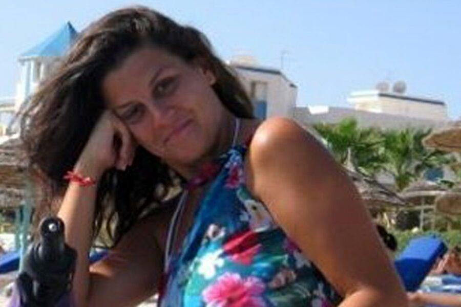 """Arianna """"istigata al suicidio"""", condannato a 22 anni e arrestato in aula il fidanzato Mario Perrotta"""