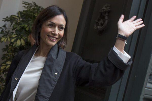 """Credibilità come verginità, la Carfagna mette in riga Moles: """"Solidarietà alla ministra Azzolina"""""""