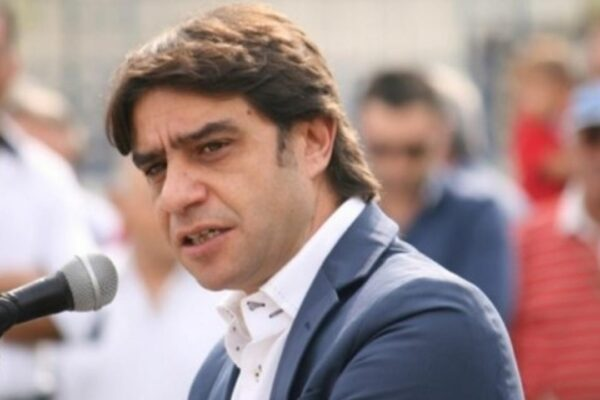 """Leo Annunziata: """"Coalizione aperta ma sindaco troppo debole"""""""