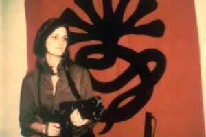 Storia di Patricia Hearst, la miliardaria rapita che divenne gangster e guerrigliera