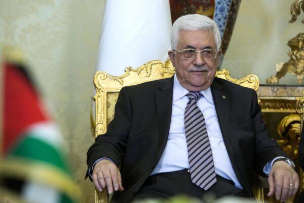 """""""Fine di tutti gli accordi"""", il presidente palestinese Abu Mazen rompe con Israele e Stati Uniti"""