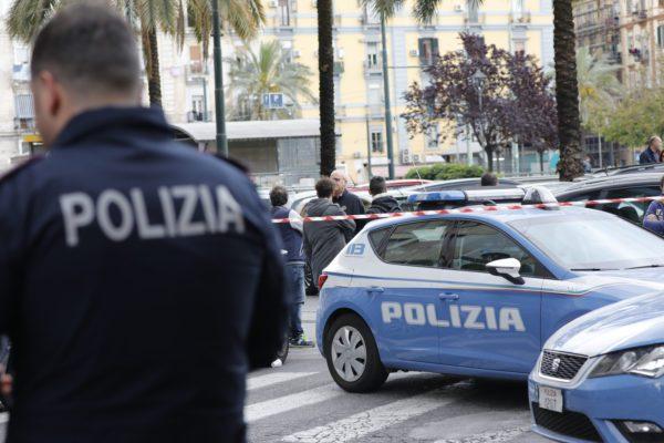 Spari e bombe a Napoli Est: i clan tornano a seminare terrore tra i cittadini