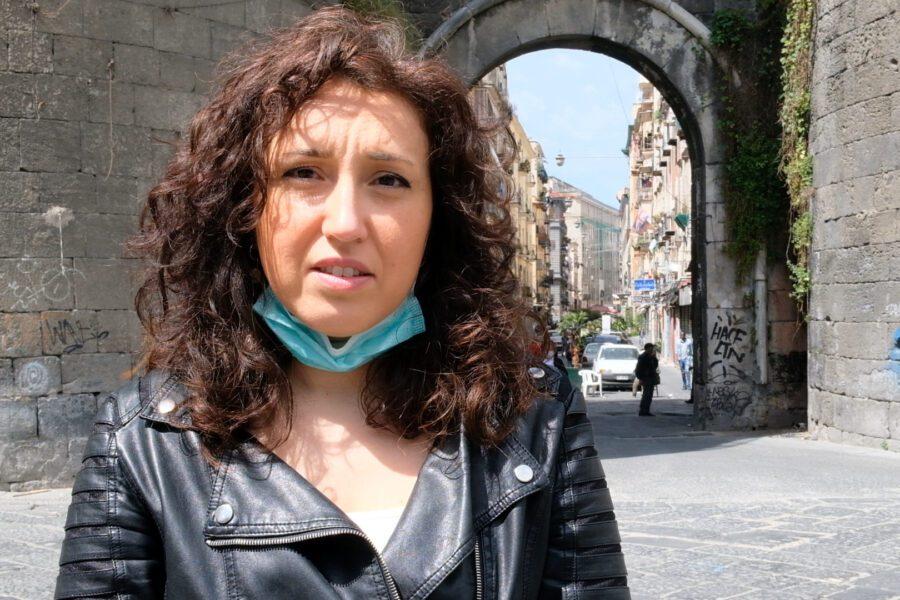 """Alessandra, madre coraggio di un bimbo autistico: """"Scuole chiuse e niente servizi, noi abbandonati dallo Stato"""""""