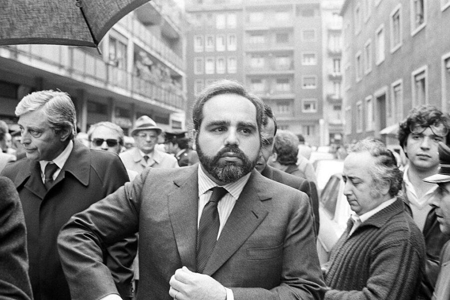 Angelo Rizzoli, editore del Corriere della Sera, ai funerali di Walter Tobagi