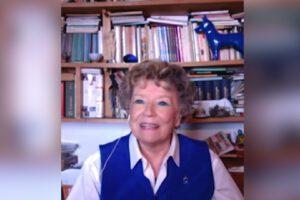 """Dacia Maraini: """"Non condannate Silvia Romano. Ci ricorda slanci e forza della giovinezza"""""""