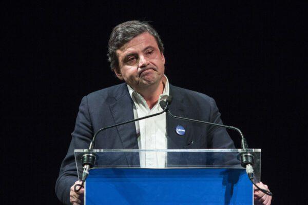 """Carlo Calenda si confessa in tv: """"Ho due figli comunisti"""""""