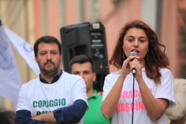 """""""Non sono antifascista, oggi non ha senso"""": bufera su Susanna Ceccardi, candidata leghista in Toscana"""