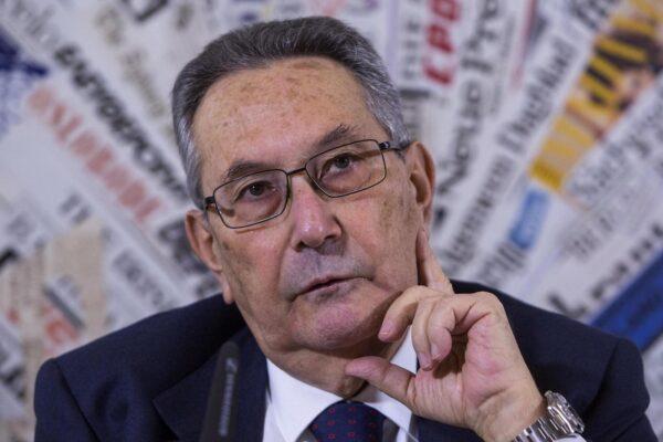 """L'avvocato più famoso d'Italia, Franco Coppi: """"Bonafede disastroso, Davigo fa rabbrividire"""""""