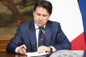 Decreto Rilancio, Mattarella firma dopo il 'pasticcio' del governo sui ritardi