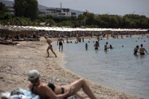 La Grecia riapre ai turisti di 29 Paesi, Italia esclusa dalla lista